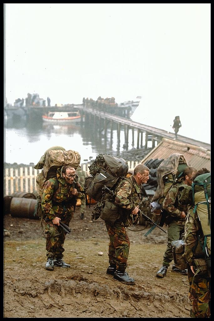 Armée Britannique/British Armed Forces - Page 37 13413246