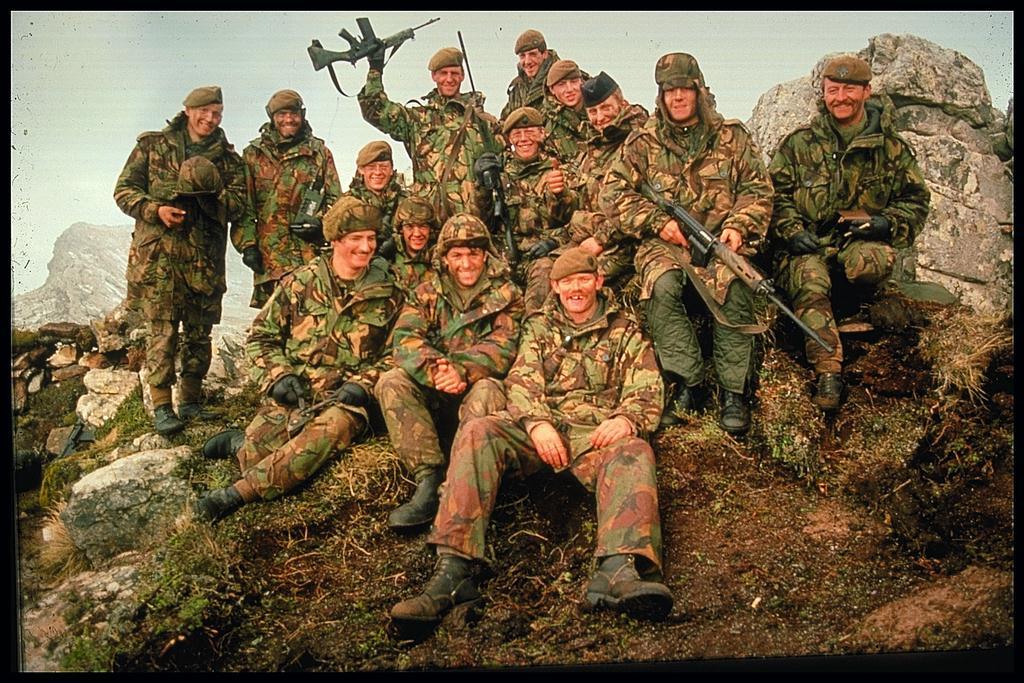 Armée Britannique/British Armed Forces - Page 37 41420488
